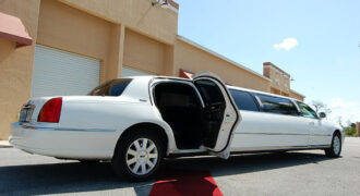 Lincoln Stretch Limo Knoxville